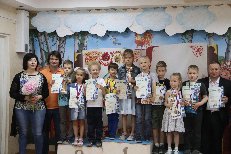 В Кольцово шахматный фестиваль завершился торжественной церемонией